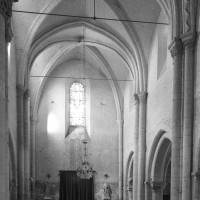 La nef vue vers le sud-est (1996)