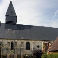 Vue partielle de l'église depuis le sud (2016)