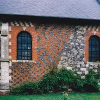 Le mur sud de la nef vu du sud (2003)