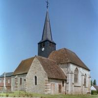 L'église vue du sud-est (2002)