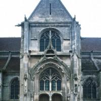 La façade sud du transept vue depuis le sud (1995)
