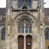 La façade sud du transept vue depuis le sud (2016)