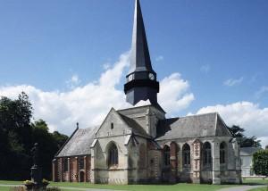 L'église vue du sud-est (2004)