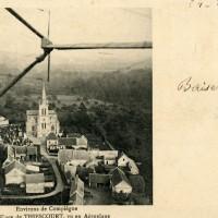 L'église et le village vus d'avion en 1915