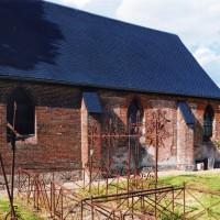 Vue partielle de l'église depuis le sud (2005)