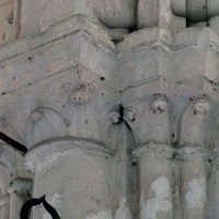 Chapiteaux de la chapelle nord (2002)