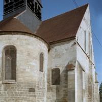 Vue partielle de l'église depuis le sud-est avant restauration (2002)