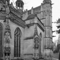 Vue partielle de l'église depuis le nord-est