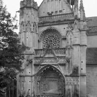 Le bras nord du transept vu du nord