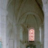 La travée droite du choeur et l'abside vues vers le nord-est (2007)