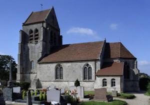 Vue de l'église depuis le sud-est (2007)