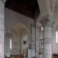 L'intérieur de la nef vu vers le nord-est (2007)