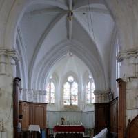 La travée du clocher et le choeur vus vers l'est (2005)