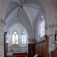 La travée du clocher et le choeur vus vers le sud-est (2004)