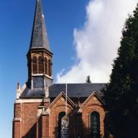 Vue partielle de l'église depuis le sud (2003)