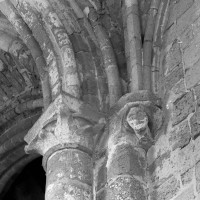 Chapiteau et cul-de-lampe du bras nord du transept (1996)