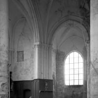 Vue partielle du transept et du choeur vers le sud-est (1996)