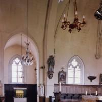 La chapelle nord et la travée droite du choeur vus vers le nord (2003)