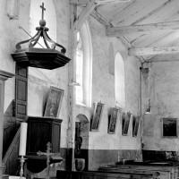 Vue partielle de la nef vers le sud-ouest (1972)