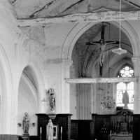 Vue partielle de l'intérieur de l'église vers le nord-est (1972)