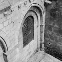 Les baies de l'étage des tribunes au droit de la chapelle octogonale (1970)