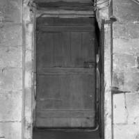 Accès à la crypte dans le mur nord (1986)
