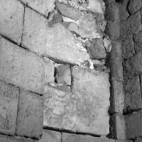 Porte d'accès à la tribune nord du choeur depuis la tourelle d'escalier (1986)