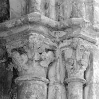 Chapiteaux de l'arcade ouest du bras nord du transept (1993)