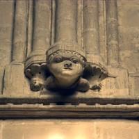 Cul-de-lampe à la retombée des voûtes du bras sud du transept (1996)