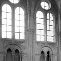 Les parties hautes du mur ouest du bras sud du transept
