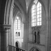 Vue partielle des parties hautes de la nef vers le sud-est depuis la tribune nord de la nef