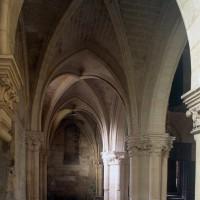 Le bas-côté sud de la nef vu vers l'ouest (1996)
