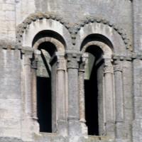 Baies sud du premier étage du clocher sud (1995)