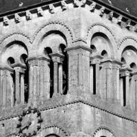Le second étage du clocher-porche vu du sud-ouest (1975)