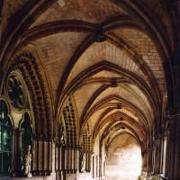 La galerie ouest du cloître vue vers le nord (2008)