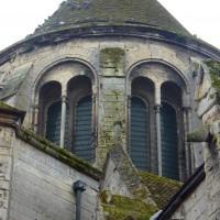Vue partielle de l'étage supérieur du bras nord du transept depuis le nord (2015)
