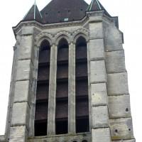 La tour sud de la façade vue depuis l'ouest (2015)
