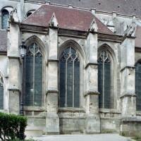 La chapelle de Charles d'Hangest vue du sud-ouest (2007)