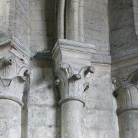 Chapiteaux du bas-côté du choeur (2007)