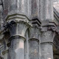 Chapiteaux d'une pile de la croisée du transept (2006)