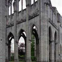 Vue partielle du choeur et du bras sud du transept vers le sud-est (2006)