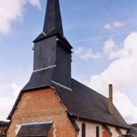 L'église vue du sud-ouest 2004)
