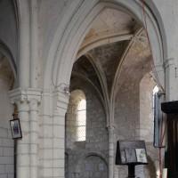 Une arcade du bas-côté nord du choeur vue vers le nord-ouest (2019)