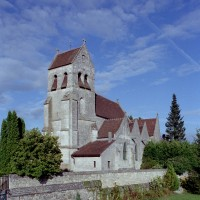 L'église vue du sud-ouest (2008)