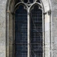 Fenêtre est de la chapelle sud (2017)