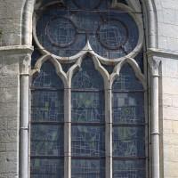 Fenêtre modifiée au 13ème siècle d'une chapelle du déambulatoire (2017)