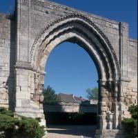Le portail du prieuré