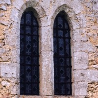 Fenêtre au mur sud de la nef (2005)