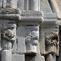 Les chapiteaux de gauche du portail sud (2017)