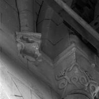 Retombée de voûte et de l'arc-doubleau entre les seconde et troisième travée de la nef (1995)